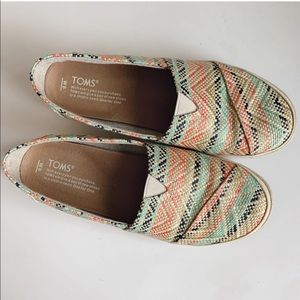 TOMS Women's Avalon Slip-On Natural Multi Woven